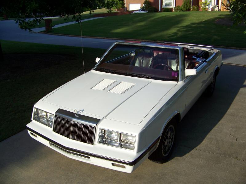 1985 Chrysler LeBaron - 00-100_0094.jpg
