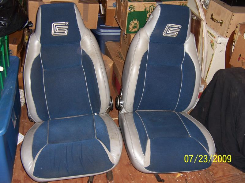 SHELBY CHARGER SEATS!!  Great Condition!!-100_2054.jpg