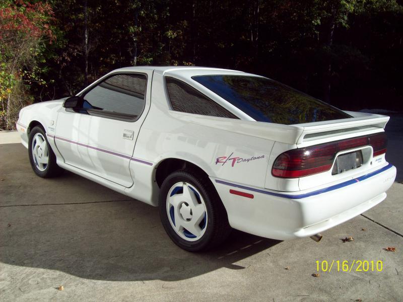 1992 Dodge Daytona IROC R/T - 00.00-102_0294.jpg