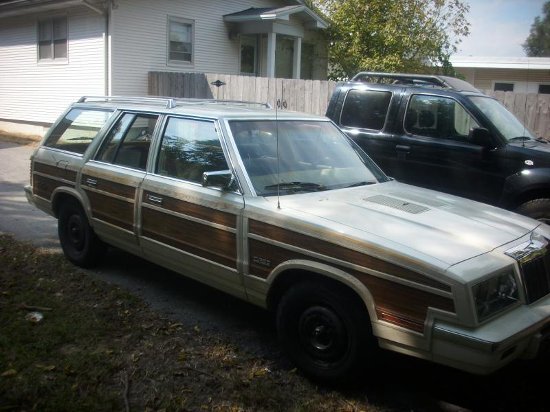1985 Chrysler town and country wagon - $00obo-dsci0148.jpg