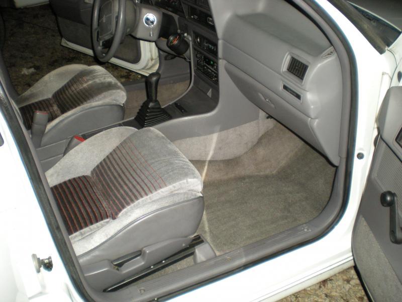 1992 Dodge Spirit R/T - $,800-dscn2960.jpg