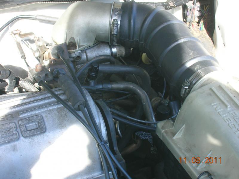 Installing Vacuum Blocks 84-93 T-1 thru T-4-dscn5992.jpg