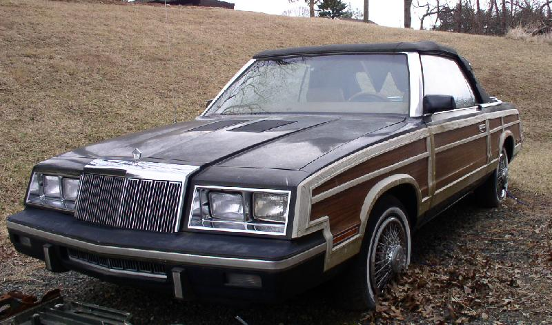 1985 Chrysler LeBaron Turbo Convertible Mark Cross 0 (MD)-frontleft.jpg