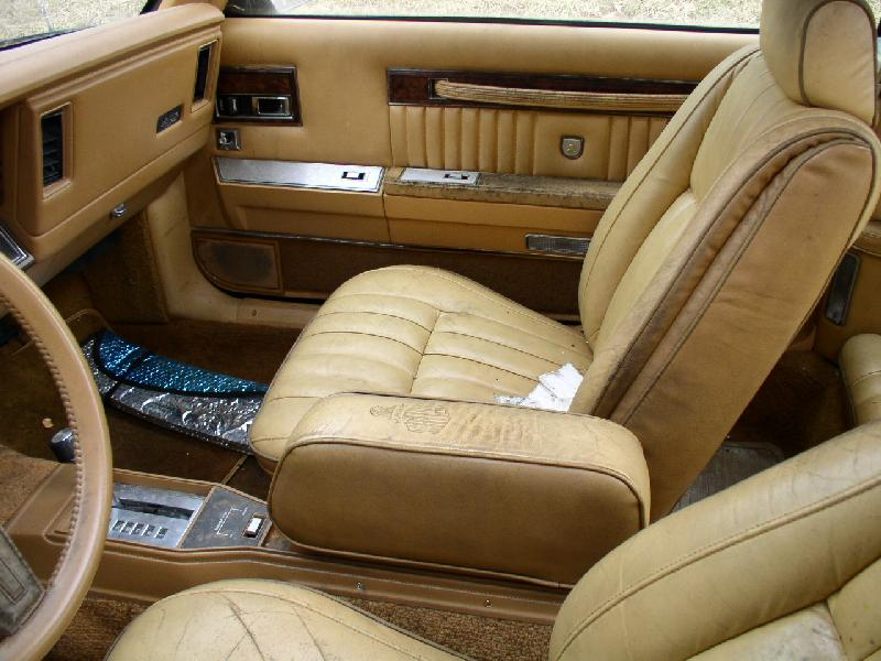 1985 Chrysler LeBaron Turbo Convertible Mark Cross 0 (MD)-frontseat.jpg