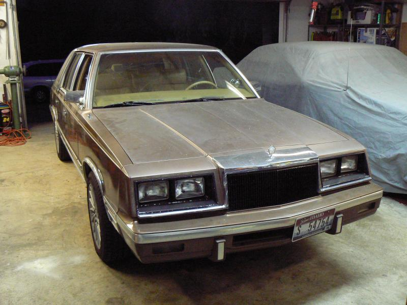 1987 Chrysler New Yorker - 00-p1020941.jpg