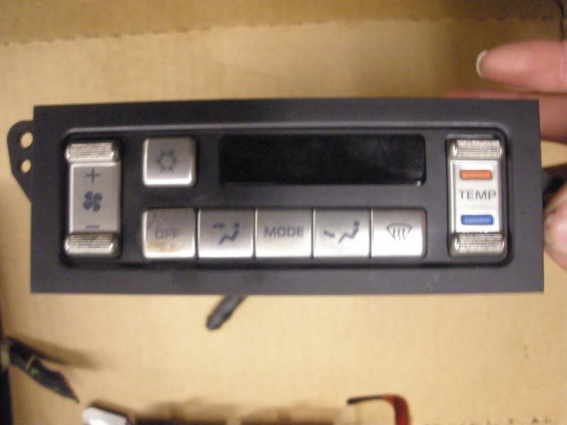 1990-93 Chrysler New Yorker 6 button overhead console + more-p1250741.jpg