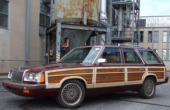 1987 Chrysler Town & Country SRT-4 - ,000-woddy.jpg